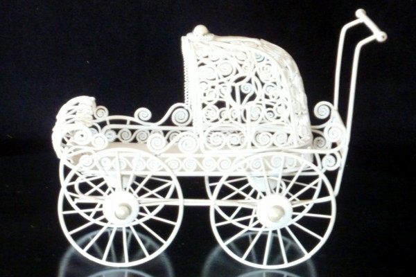 Baby Pram - Gift Table Decoration